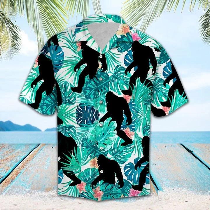 Bigfoot-Tropical-Hawaiian-shirt